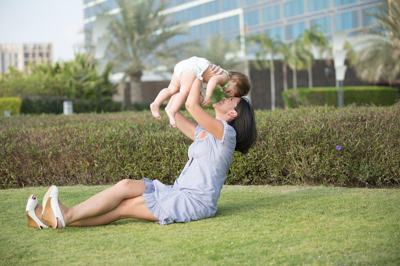 maternidad ayudas madre